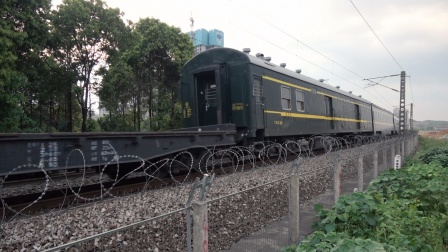 [火车][溜轴注意]HXD1C[41071]货列+XL25B+25T+UZ25K 京广线捞刀河下行