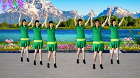 草原风格广场舞《心花开在草原上》节奏欢快,简单大方又好看!