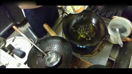 看饭店厨师做的美食,不愧是大厨啊,素菜都炒的这么美味