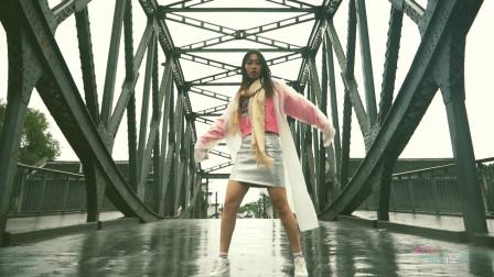 stronger现代舞蹈视频 NANA风雨中翻跳超火舞蹈