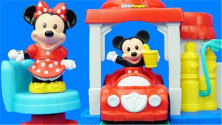 米奇妙妙屋布�托修��米老鼠�和�玩具