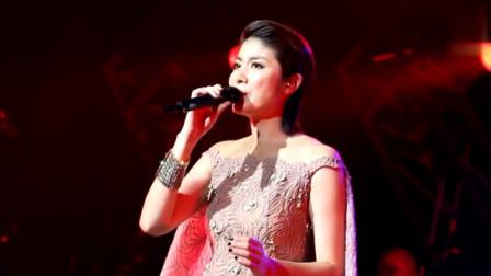 陈慧琳的这首歌让人忍不住一起摇, 穿的衣服太抢镜成亮点!