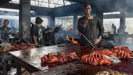 为什么非洲人吃不饱饭?看了菜市场才知道,他们可能真不值得同情!
