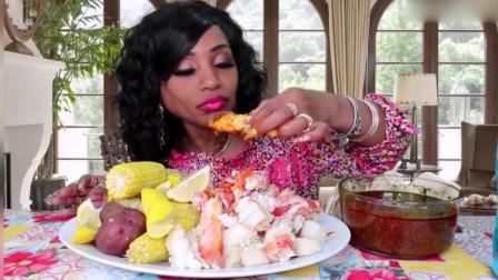 吃货阿姨直播吃帝王蟹,这一大盘看着真有食欲,蘸上酱汁美味极了
