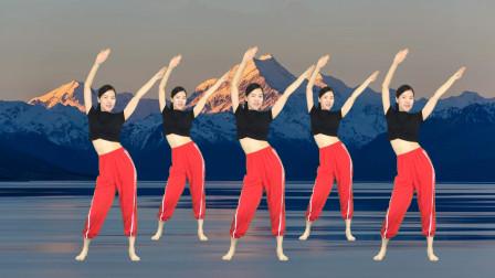 点击观看《32步健身操哥哥妹妹一起嗨 艾And幼学跳广场舞视频》