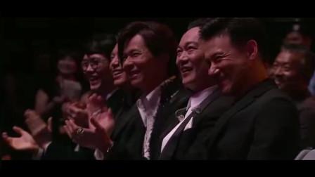 庾澄庆太大胆了,竟敢当着歌神张学友的面唱这首歌,张学友笑了