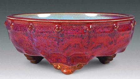 山西老农使用3年的烟灰缸,收藏家4块换走,最后拍出180万