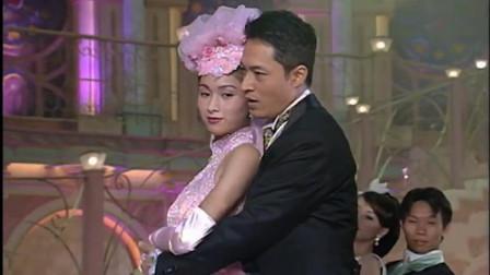 咆哮哥马景涛与杨恭如合唱,画面挺美的
