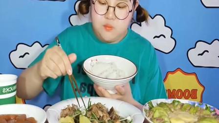 东北可爱萌妹子吃各种美食,一口接着一口,爽!