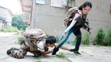 绝地求生真人版:美女玩家吃鸡竟抛弃受伤队友跑路,惨遭报应被轰炸区炸死
