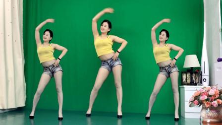 点击观看《0基础好学减肥瘦身操逆战DJ 青青世界6月精品舞蹈》