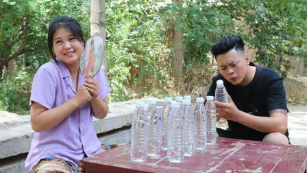 美女路边卖水,用套路把2元一瓶的水卖到了100元一瓶,太有才了