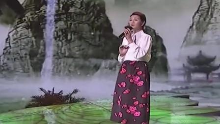 经典歌曲《爱江山更爱美人》无人能超越她,不愧是最美女中音,厉害