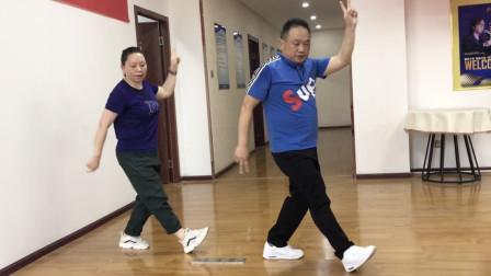 慢动作鬼步舞教学分解 鬼步舞10步奔跑交叉组合动作视频教程