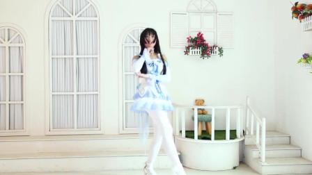 白丝女仆小姐姐,仙女的宅舞,男孩子都喜欢吧!