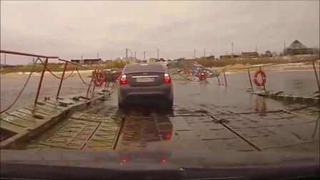 女司机过桥,刚到一半不敢走了,5秒后想死的心都有了!