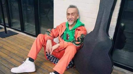 他曾缔造一首歌捧红一个人的神话,如今74岁,成最爱国的台湾歌手