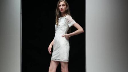 2019夏装新款时尚简洁气质圆领收腰花苞型白色连衣裙