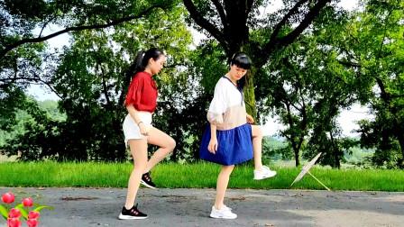 点击观看《初学鬼步舞 麦芽鬼步奔跑步不是很简单只有两步么?》
