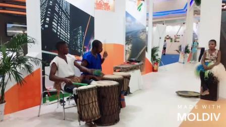 中非经贸博览会上吃美食听音乐,足不出户享非洲风情