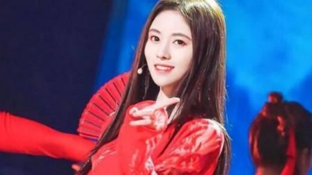 鞠婧祎一首《红昭愿》太美太仙了,一袭红衣,人美声甜,瞬间被圈粉
