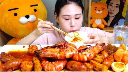 韩国吃播 美食吃货弗朗西斯卡 巨大的虾配面条和泡菜