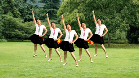 小慧广场舞《女人不容易》正背面示范 好学广场舞教学分解