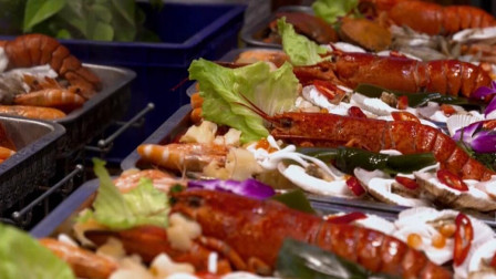 厦门特色海鲜锅,不仅有新鲜的食材,还有这个特殊调料!