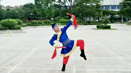 超霸气的蒙古舞筷子广场舞《两座山》陈晨原创演示