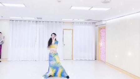 点击观看《东方舞是什么舞 舞蹈我要你视频》