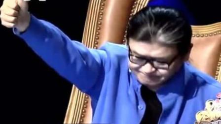 我天!民谣小哥赵雷一首新歌刚唱2句,刘欢老师就坐直了,有戏