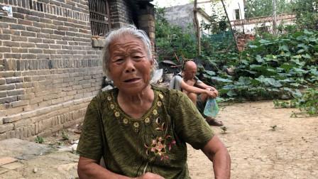 养儿真的能防老吗?有2个儿子的农村老人说出心里话,听完心酸了