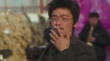 什么叫演技?张嘉译的油泼面, 王宝强的中华烟!被列为北影教材!