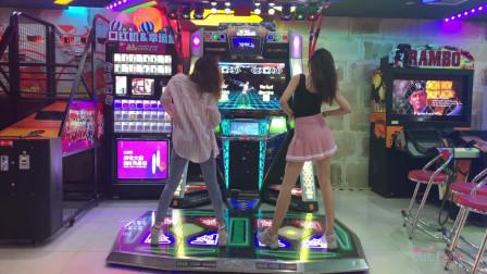【NANA】长腿小姐姐教你玩跳舞机的正确方式