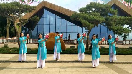 点击观看《清新舞韵舞蹈队《桃花渡》古典舞》