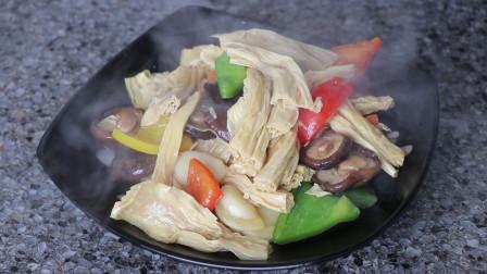 """吃货教您""""烧腐竹""""的做法,这样烧比吃肉都香,关键做法也简单"""