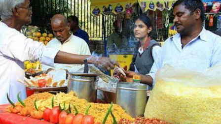 中国美食在印度受到哄抢?当地人:这么好吃,中国人竟然不爱吃?