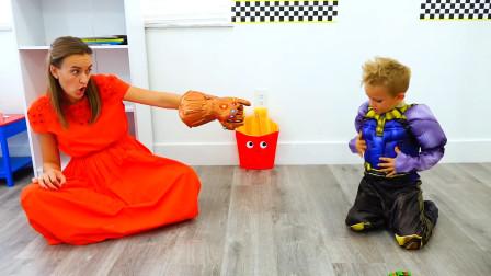 萌娃小可爱和妈妈真是一对有趣的母子呢!—萌娃:快把我的魔法手套还给我!