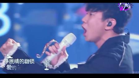 李宗盛都唱不火的一首老歌,竟被林俊杰唱到一炮而红了,太魔性了