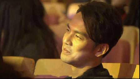 杨钰莹歌声太甜了,台上一首《一帘幽梦》,台下观众听得如痴如醉