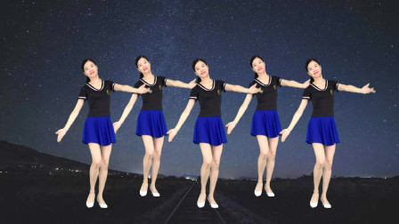 点击观看《大妈最爱32步广场舞视频《花香醉在我心间》 新生代舞蹈简单易学》