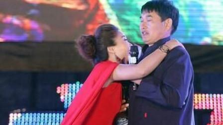 朱之文最浪漫的时候,携手妻子甜蜜对唱,真实羡煞旁人啊!