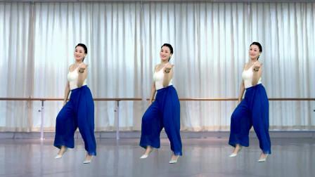 青青世界无基础广场舞视频《月亮的味道》