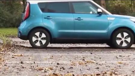 《极客力量》2019-自动伸缩车身电动汽车