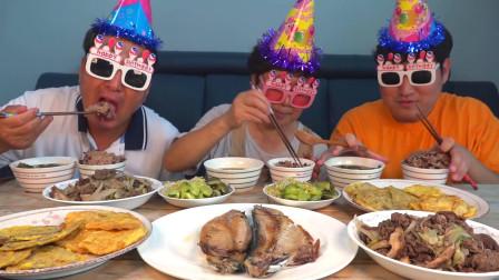 韩国普通家庭的一顿饭,各种美食太丰盛了,看着就留口水