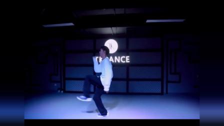 点击观看《抒情爵士舞视频《perfect》》