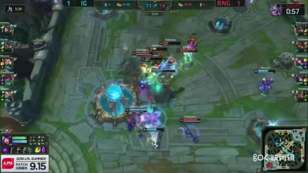 8月10日 RNG vs IG  RNG打赢团战企图一波IG  结果被IG团灭!