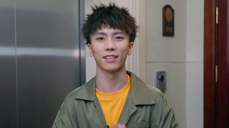 """奶茶吐槽郭麒麟家""""脏乱差"""",二十三岁郭麒麟全身是病还脱发?"""