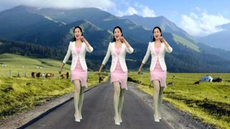 点击观看《青青世界鬼步舞视频 简单0基础好学野花香47步》