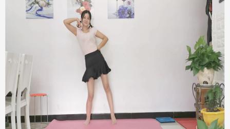 点击观看《入门一学就会神农舞娘舞蹈视频桃花笑》